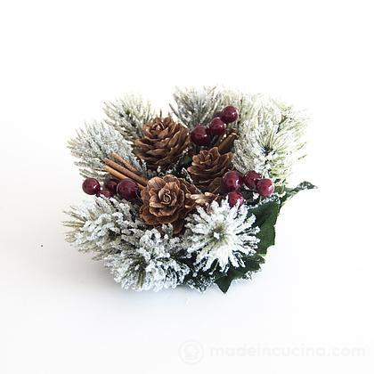 Segnaposto corona di pino con pigne e bacche